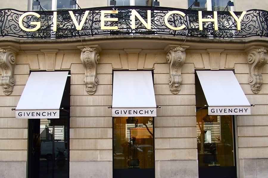 Givenchy regency awnings by Morco Awnings & Blinds