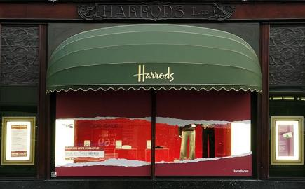 Harrods iconic Rib Bespoke® shop awning by Morco